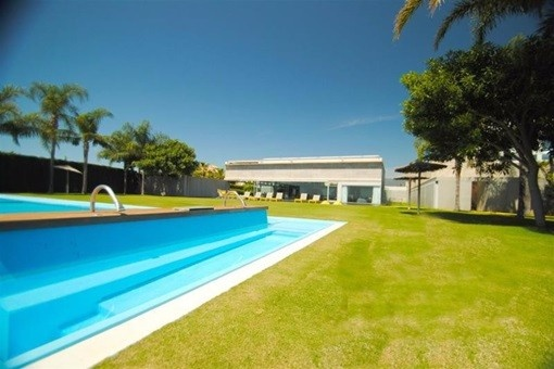 villa in Estepona for sale