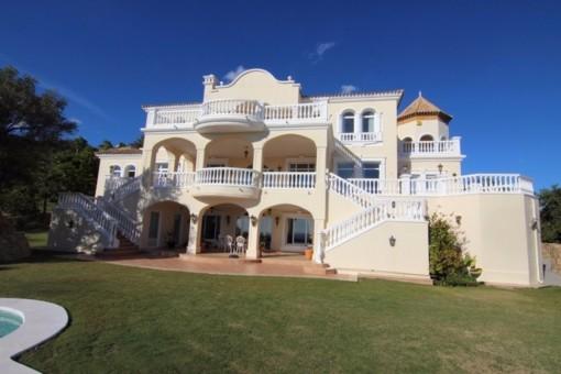 villa in Benahavís for sale