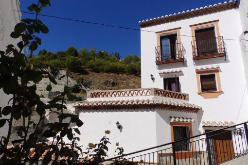 house in Salares