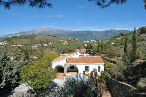 Fabulous villa with private pool & guest house in Cómpeta (Málaga)