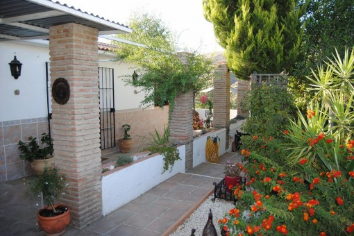 villa in Sedella