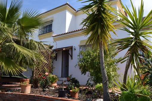 Beautifully presented country villa with pool and stunning views in Cómpeta, Málaga