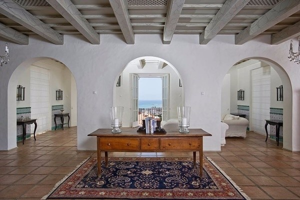 The wonderful interior of the finca