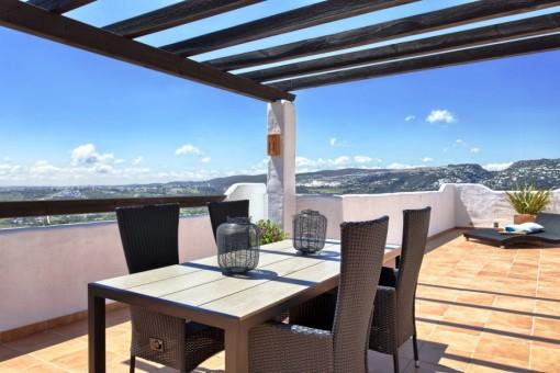 Penthouse solarium views