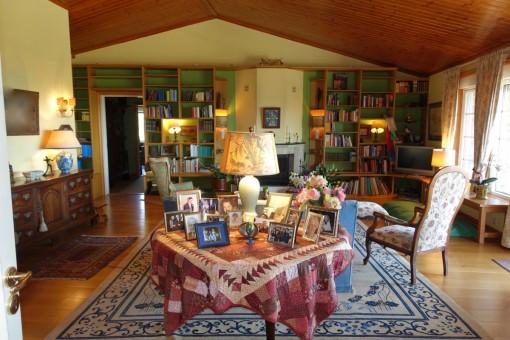 The very luxury living room