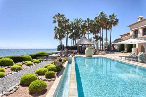 Charming pool area