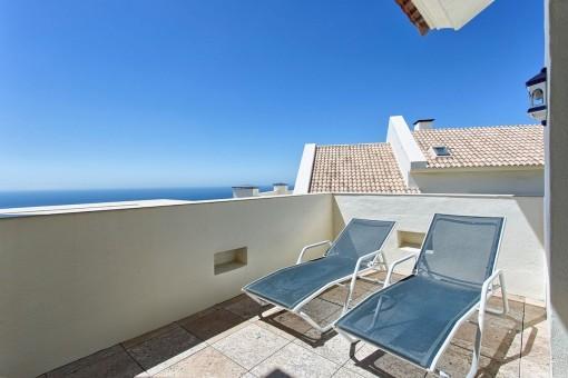 Fantastic terrace with sunbeds