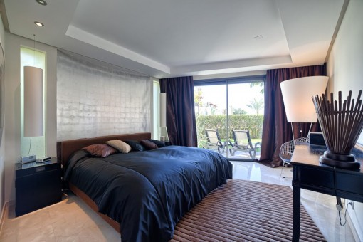 Gorgeous master bedroom with access to the terrace