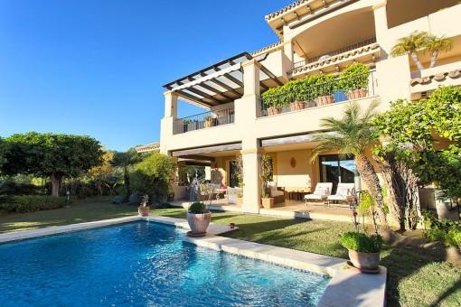 Generous garden with pool