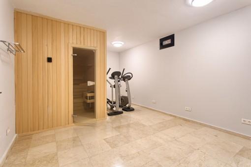 Fitness room with sauna