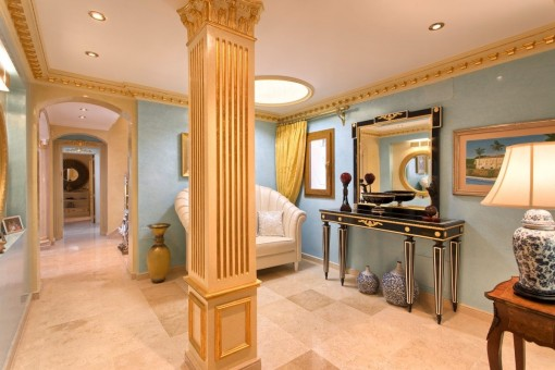 Traditional salon close to the bedroom