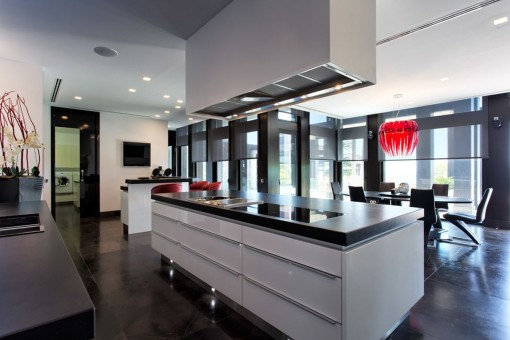 Design fully fitted kitchen with dining area