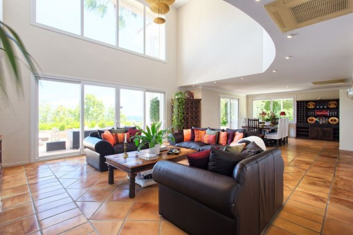 Further views of the living area with access to the terrace