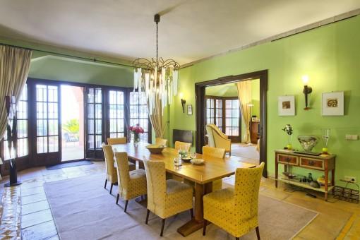 Alternative dining area