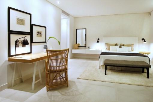 Simplistisc master bedroom