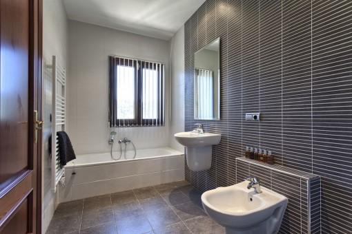 Another modern designed bathroom