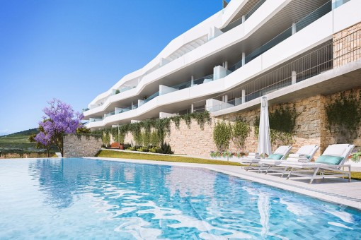 Modern design apartments in tranquil setting in Estepona
