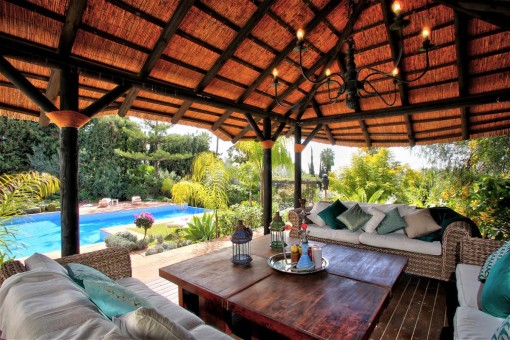Lounge area next to the pool
