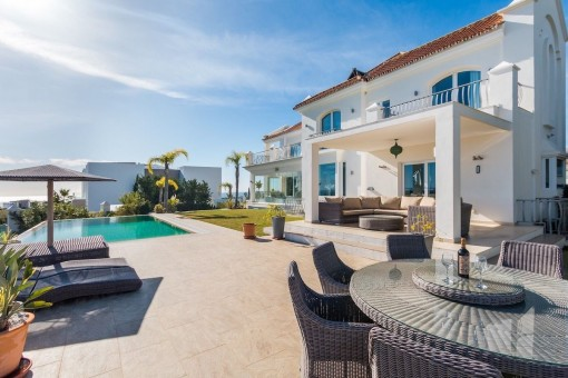 New Golden Mile - Los Flamingos family villa with mountain and sea view