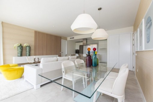 Off plan modern style 3 bedrooms middle floor apartment in an idyllic setting close to the beach in Estepona