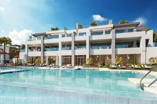 Modern front line golf ground floor apartment with 3 bedrooms in Artola, Marbella