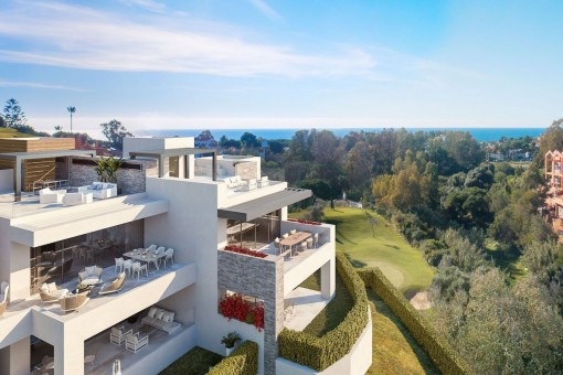 Modern, front line, golf ground floor apartment with 2 bedrooms in Artola, Marbella
