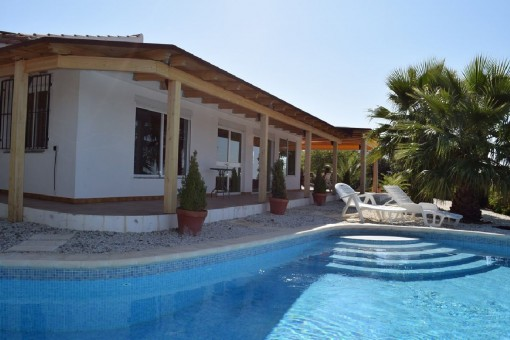 Beautiful finca with views in an idyllic location in Moclinejo