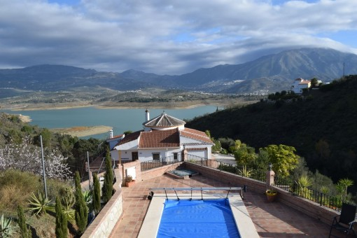 villa in La Viñuela