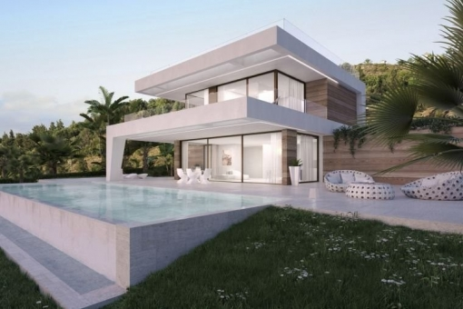Luxurious villa of the highest quality, set on 2 levels in Estepona
